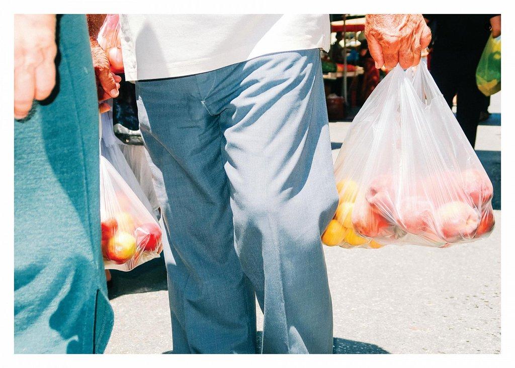 18-08-plastic-bags-08.jpg